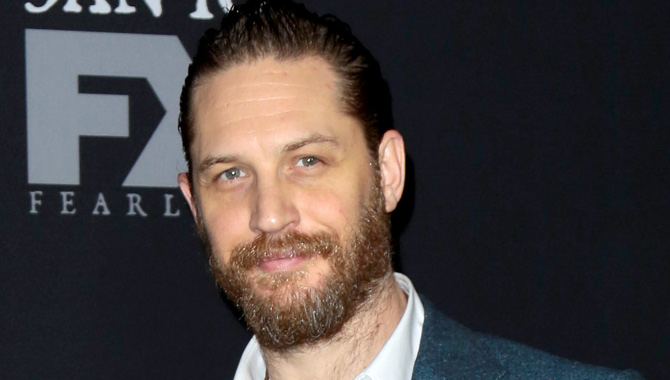 Tom Hardy Smoulders On The Red Carpet At 'Taboo' Series Premiere