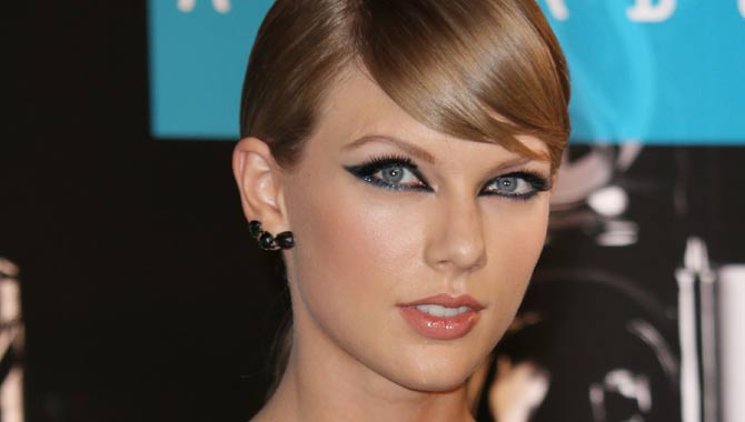7 Reasons Taylor Swift Is The Perfect Role Model