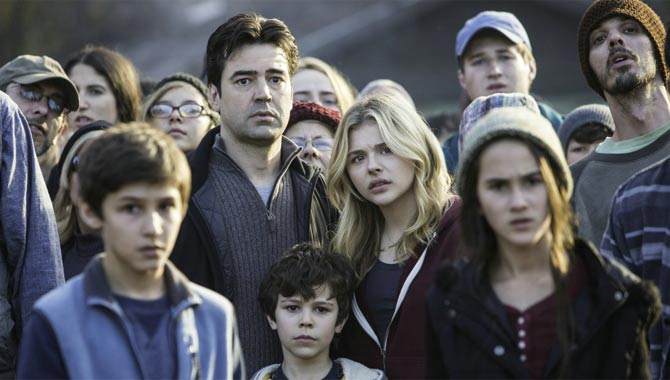 The 5th Wave Put Chloe Grace Moretz Into 'Anti-Training'