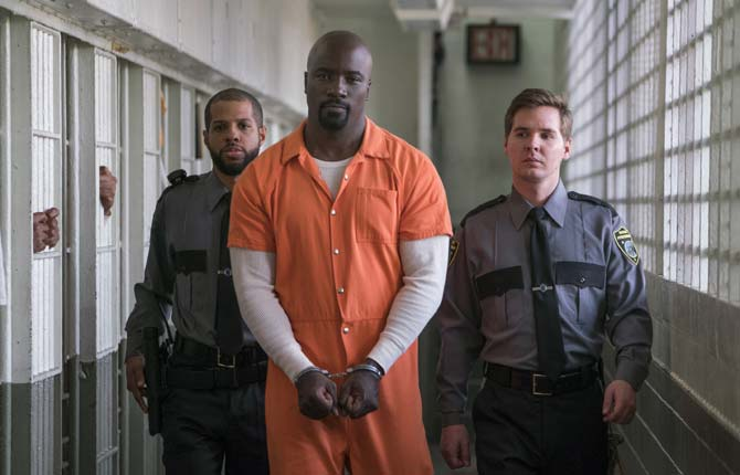 Mike Colter returned as Luke Cage in 'The Defenders' on Netflix