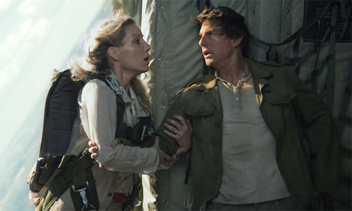 Tom and Annabelle Wallis in The Mummy