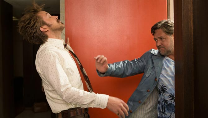 Crowe knocks Gosling out in The Nice Guys