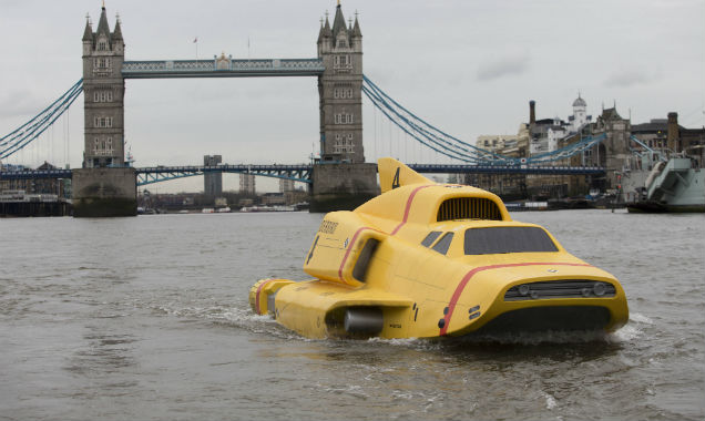 Thunderbirds Are Go Thames stunt 2