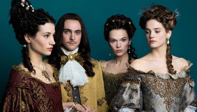 Elisa Lasowski, George Blagden, Anna Brewster, Noemie Schmidt in 'Versailles'