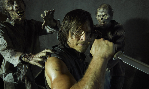 "Norman Reedus Teases Daryl ""Going Rogue"" In 'The Walking Dead' Season 8"