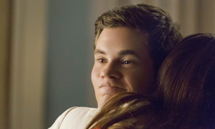 Adam DeVine gets hugged in 'When We First Met'