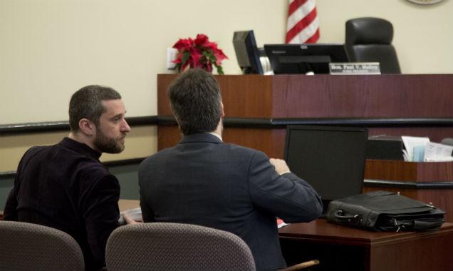 Dustin Diamond with lawyer