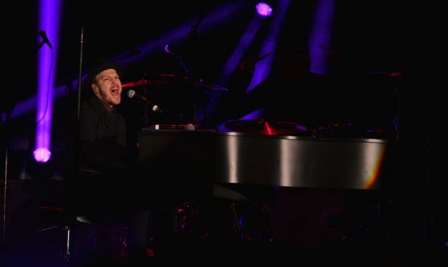 Gavin DeGraw at New Year's Rockin' Eve 2015