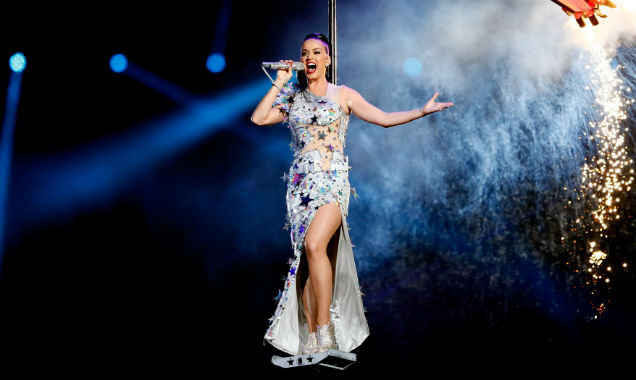 Katy Perry flies into her Super Bowl performance (Credit Kevin C. Cox - Getty Images)