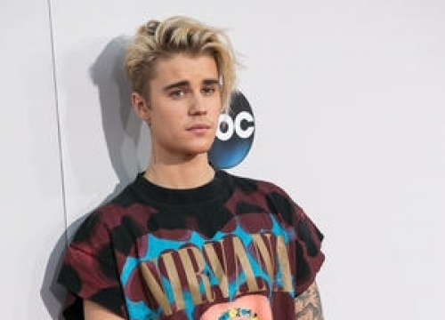 Justin Bieber Cancels 'Late Show' Appearance And Thanksgiving Day Parade Performance