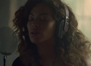 Beyonce - Sandcastles Video