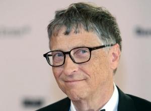 Bill Gates Honours David Bowie On Desert Island Discs