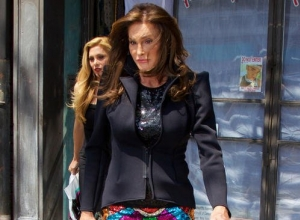 Caitlyn Jenner Shows She Wants To Be A Voice For The Transgender Community In New Reality Show