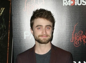 Why Is Daniel Radcliffe Jealous Of Eddie Redmayne?
