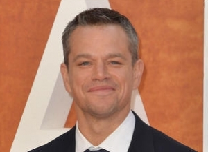Watch Jimmy Kimmel And Matt Damon Work Through Their Issues With Couples Therapy