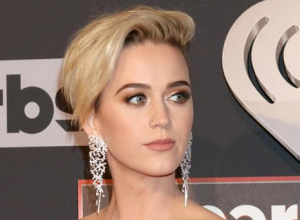 Katy Perry Says She's Waiting For Taylor Swift To Apologise To Her