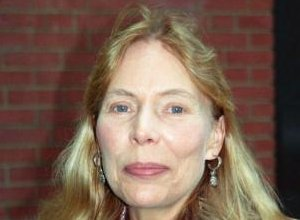 Joni Mitchell IS Able To Speak, Says Official Statement By Conservator
