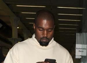 Kanye West To Receive MTV VMAs Vanguard Award