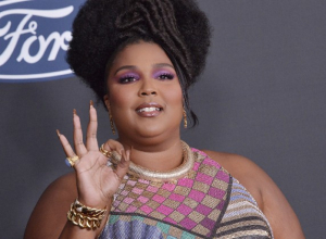 Why Lizzo's smoothie cleanse is dividing fans on social media (and why she deserves a break)