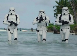 Rogue One: A Star Wars Story - Behind The Scenes Footage and Cast Interviews