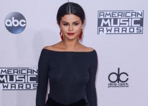 Selena admits chemo battle