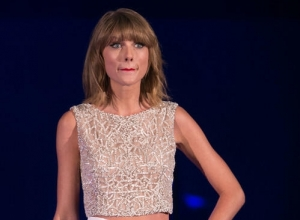 Taylor Swift Shuts Down The VMA Feud And Apologies To Nicki