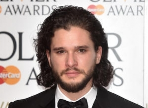 Kit Harington Defends Young Theatre Audiences From