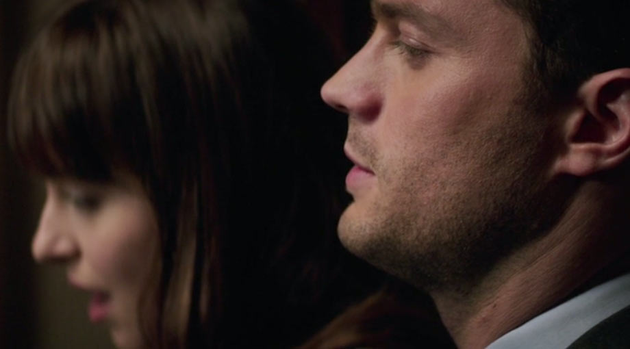 Fifty Shades Darker - Featurette and Clip Trailer