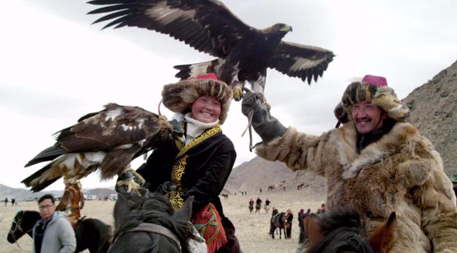 The Eagle Huntress - Trailer
