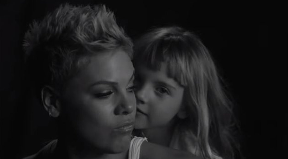 P!nk - Wild Hearts Can't Be Broken Video Video