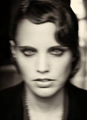 Anna Calvi Announces New Album 'One Breath' Out On October 8th 2013