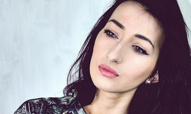 Rising Star And Internet Hit, Fiona O'kane Releases Youtube Smash 'I Can't Help Myself' in the uk on September 8th 2014