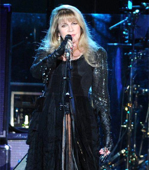 Fleetwood Mac Add Another O2 Arena Show To 2013 Tour On September 25th
