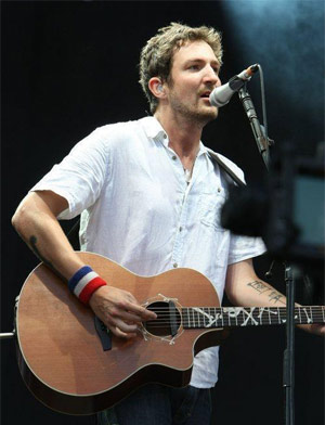 Frank Turner To Support The Pogues At Their Massive O2 Christmas Show Plus November & December Headline Tour!