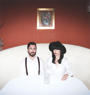 In The Valley Below Announce Single 'Stand Up' Released On 11th November 2013