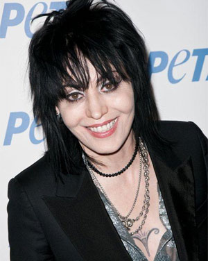 Legendary Rocker Joan Jett Unveils New Ad At All-Star Us Ceremony