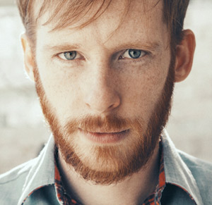 Kevin Devine announces two new album release 'Bubblegum' and 'Bulldozer' released October 14th 2013