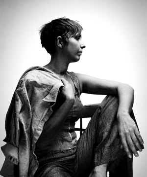 Kirsty Mcgee Announces New Single 'Sandman' Released Apr 1st 2013