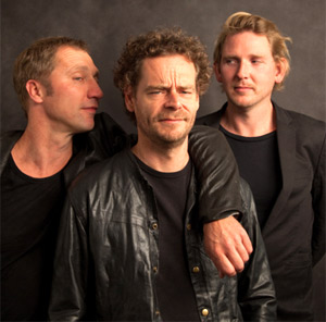 Kraak & Smaak Announce Free Download Of 'Just Wanna Be Loved' (Feat. Joi Cardwell) (K&S Disco Remix)