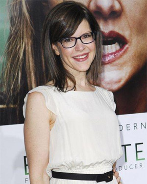 Lisa Loeb Gearing Up For Release Of New Album 'No Fairy Tale' On January 29 2013