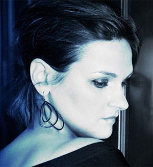 Madeleine Peyroux To Release New Album 'The Blue Room' Released On March 5th 2013
