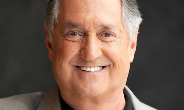 Neil Sedaka Announces Autumn 2014 UK Tour