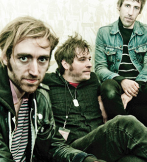 A Place To Bury Strangers Announce Spring 2012 Uk Tour
