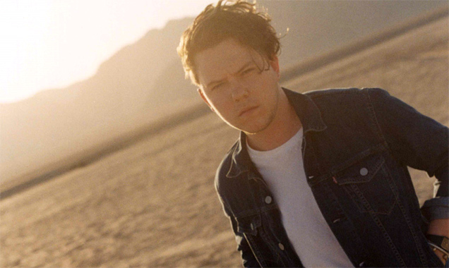 Saint Raymond Releases Stream Of New Single 'Fall At Your Feet' Plus February 2015 Shows [listen]