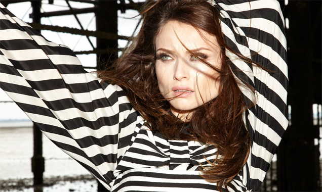 Sophie Ellis-bextor Announces New Single 'The Deer & The Wolf'  Released In The UK On 25th August 2014