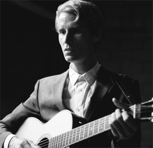 Tom Brosseau Releases New Album 'Grass Punks' Out Now