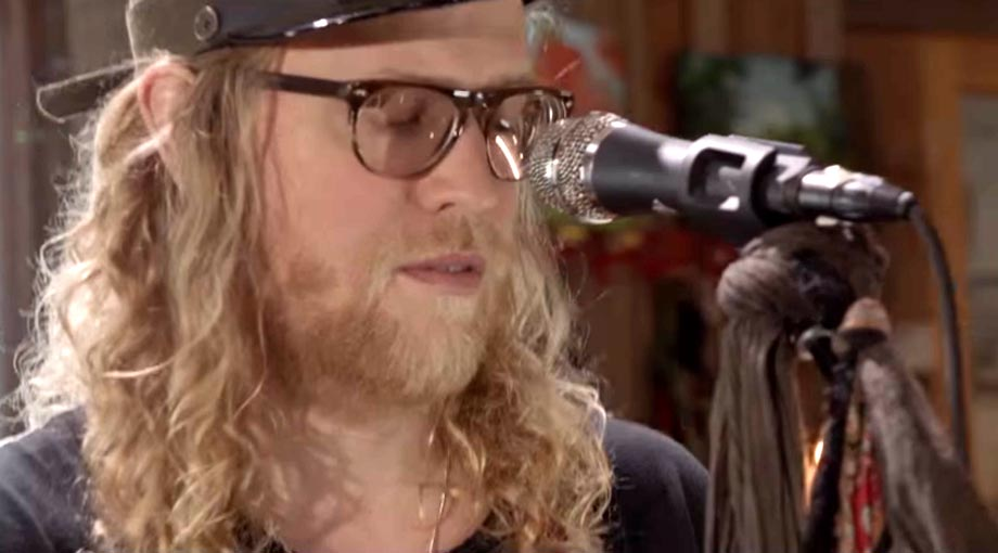 Allen Stone - Somebody That I Used To Know [Gotye Cover] Video Video
