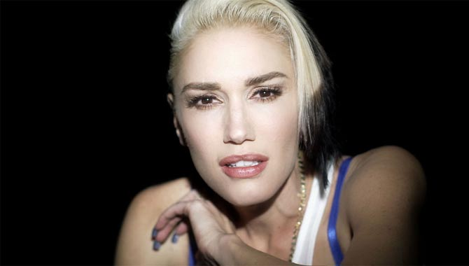 Gwen Stefani - Hollaback Girl (Clean Version)