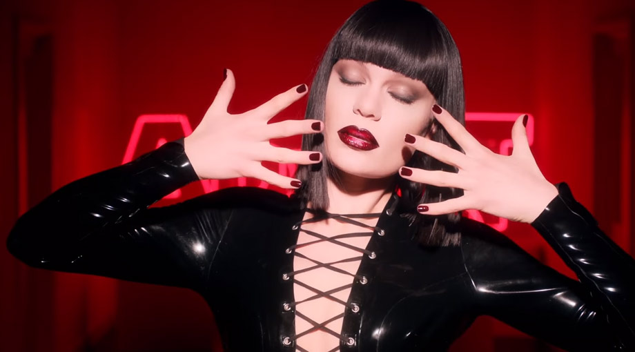 Jessie J - Can't Take My Eyes Off You Video Video