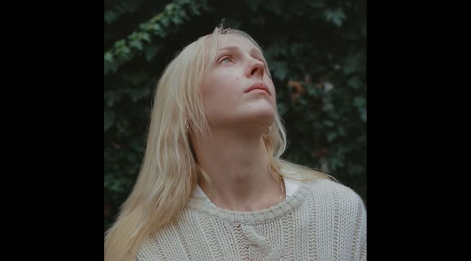 Laura Marling - Held Down Audio Video
